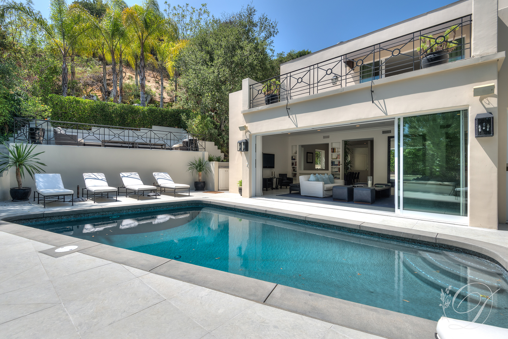 007_Exterior_Beverly-Hills-Pool-1