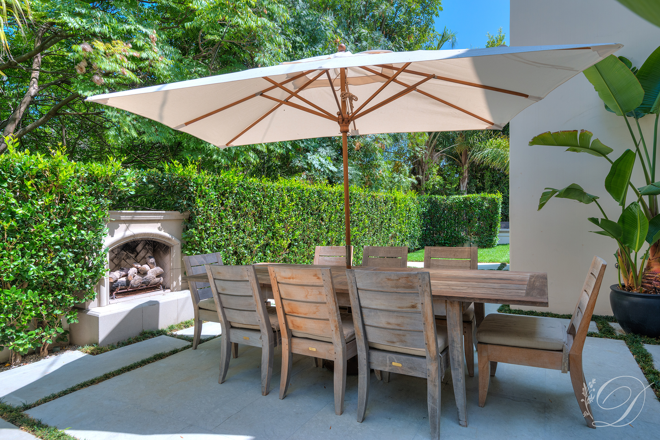 014_Beverly-HIlls_Breakfast-Patio
