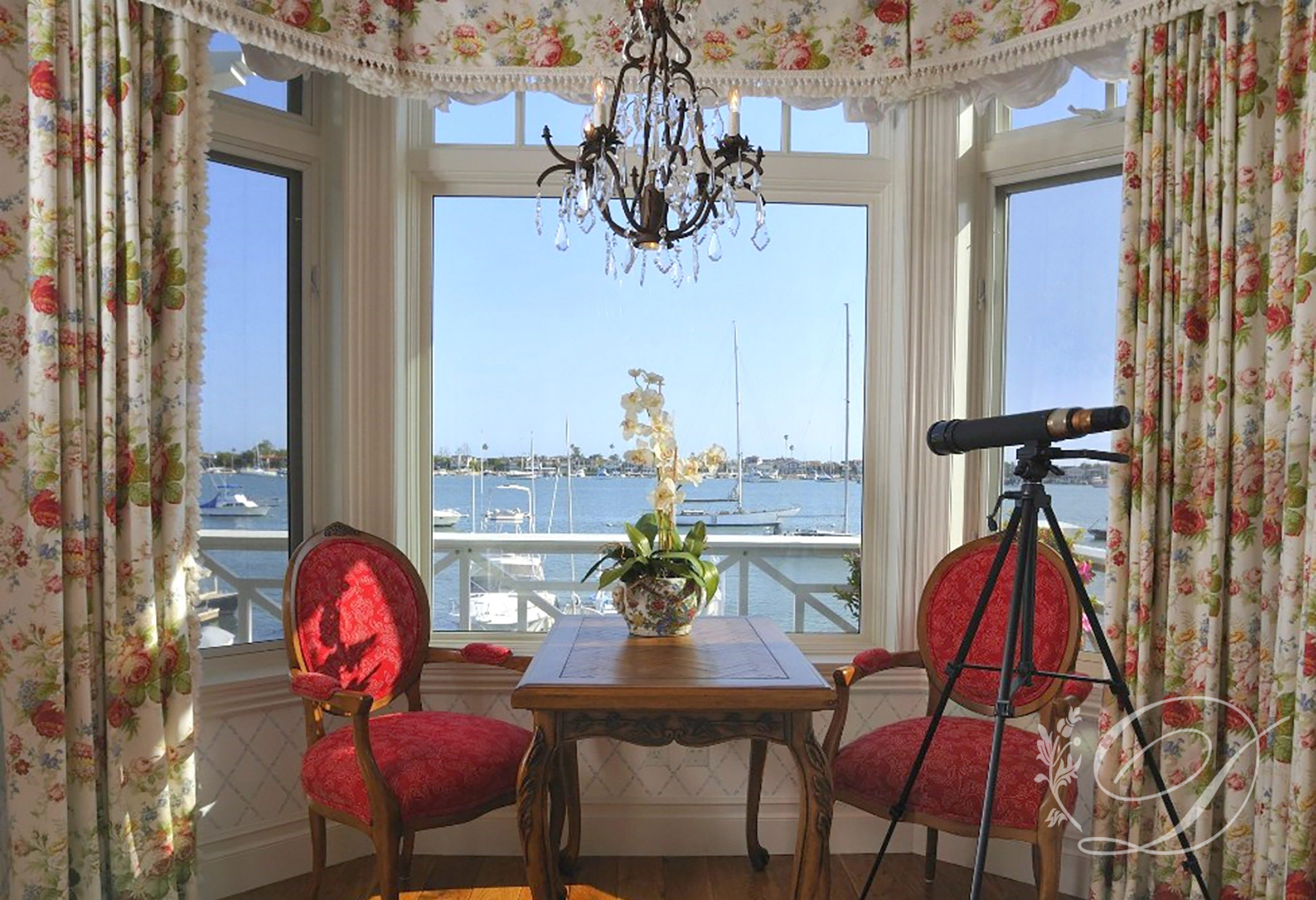 007_Newport_Bay-window
